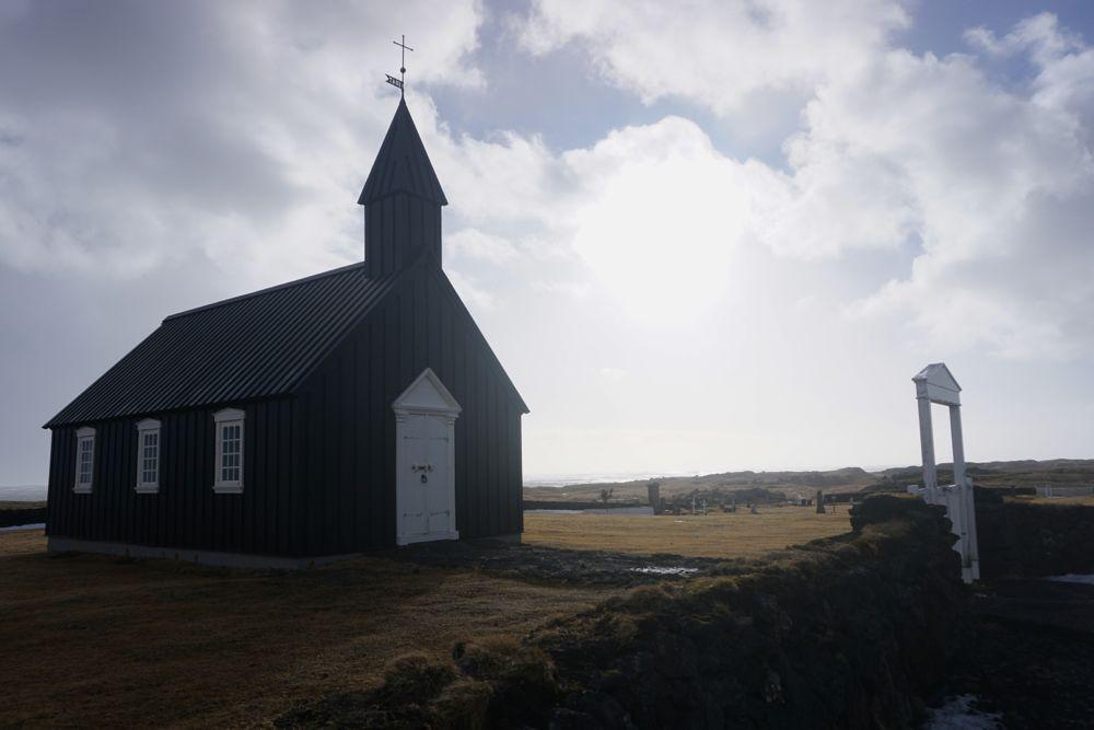 L'église noire Búðir, un endroit rêvé pour les photographes.