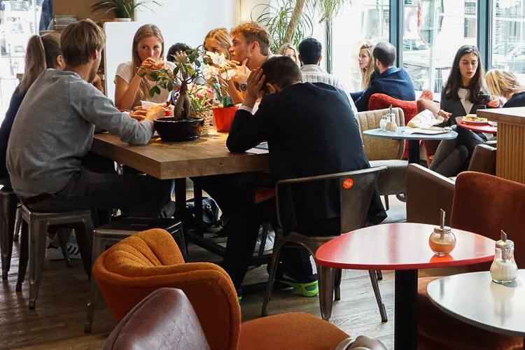 Jet Café